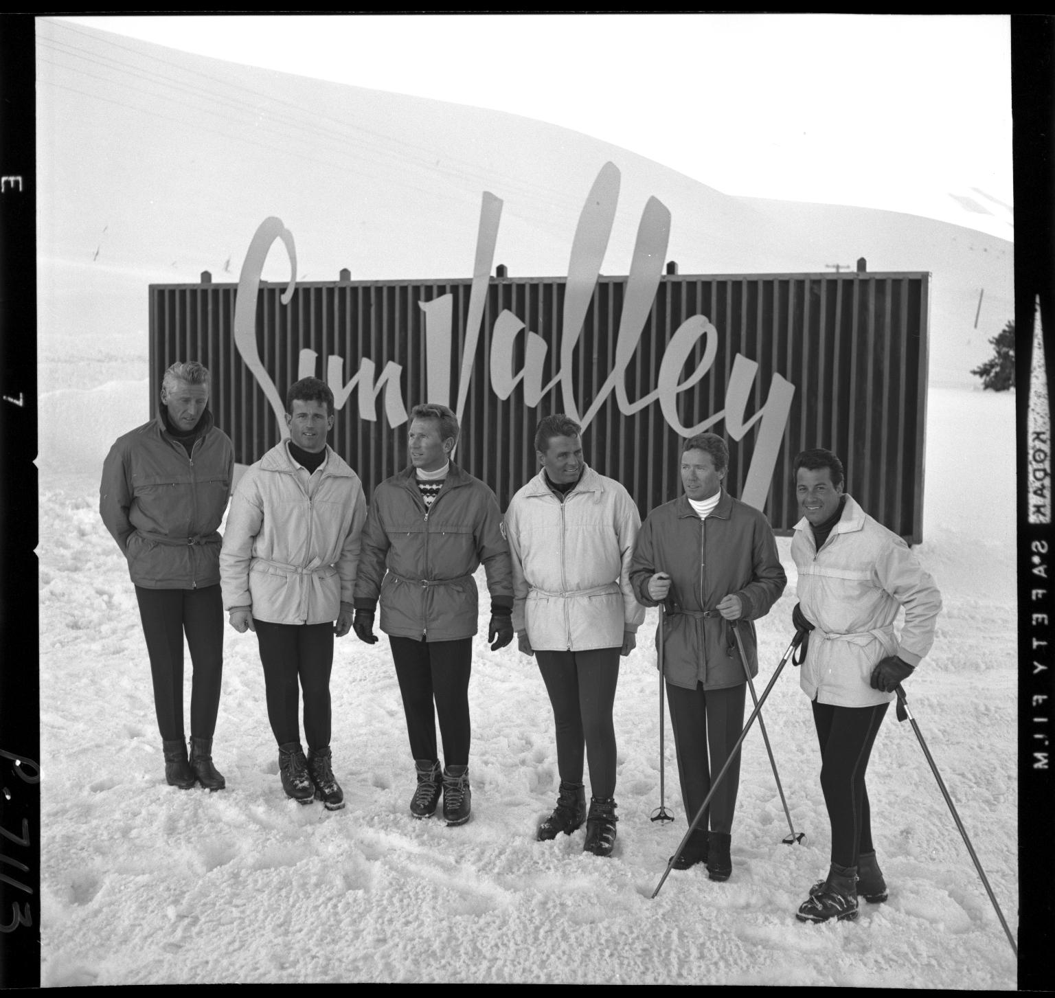 Ski instructors : 1965